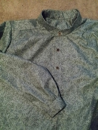 Band Collar Shirt with Narrow Cuffs in Green Scrolls Size L only