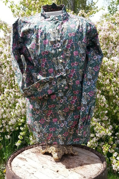 Ladies Shirt-Flower Garden on Green